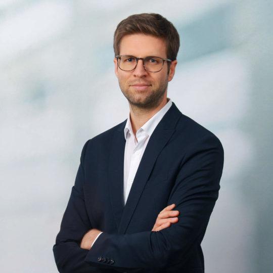 Porträtfoto Rechtsanwalt und Fachanwalt Denis Fichter